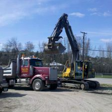 Digg'N 4 U Contracting Ltd excavator